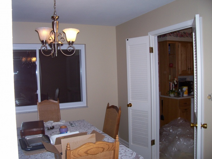 Best color to paint kitchen-we're selling-barbaras-house-003.jpg