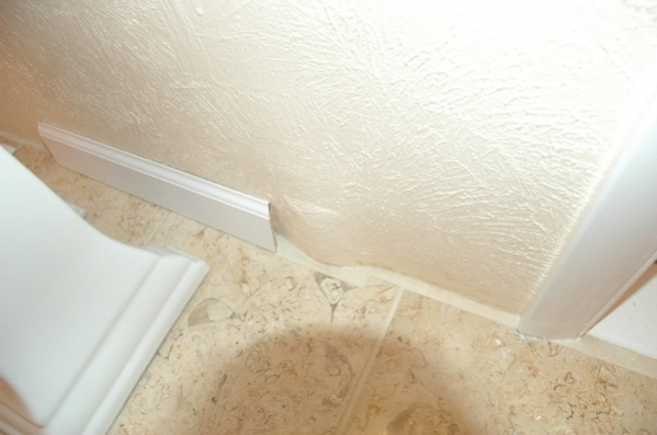 baseboard around a bulge in wall-baseboardbulge1.jpg