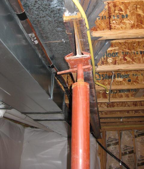 Twisting I Beam U0026amp; Floor Cracking Around Post Basement 001_crop