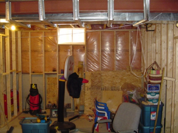 Finishing basement with pics-basement-002.jpg