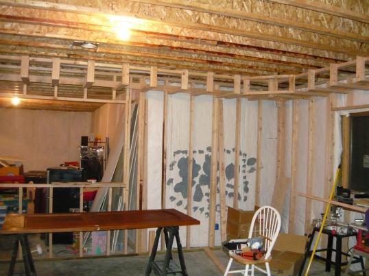1780 sq foot basement here we come!!-basement-002.jpg