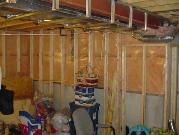 Finishing basement with pics-basement-003.jpg