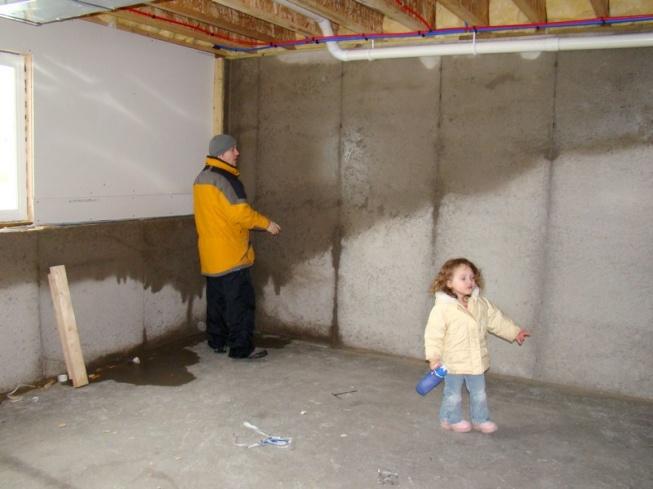 Superior Wet Basement Walls   New Construction In Winter Basement 1