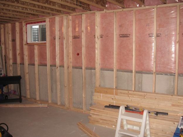 Basement Sofits 2x2 Or Metal Framing Building