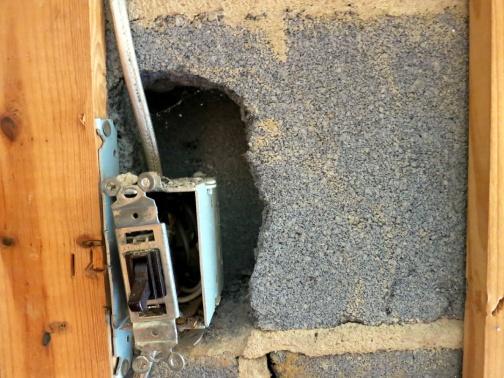 Basement cinder block & insulation-basementelectric.jpg