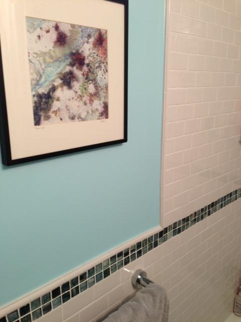 Advice on painting edge next to tile-bath_paint_3.jpg