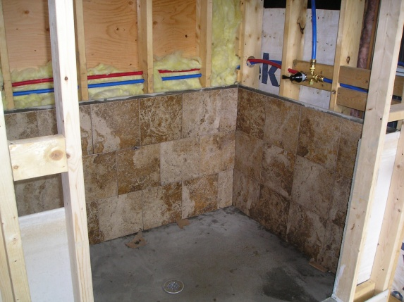 New bathroom-batheoomtile-001.jpg
