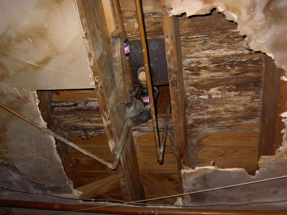 Rotten Wood Under Tub Building Construction Diy Chatroom