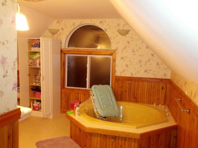 Maine Cape, re-renovating-bathroom_2.jpg