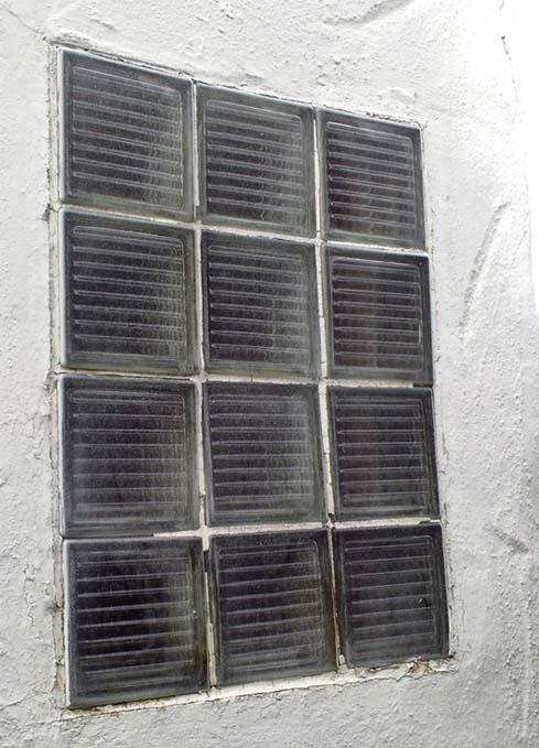 Glass block window in tiled shower stall-bathroomwindowglassblock2.jpg