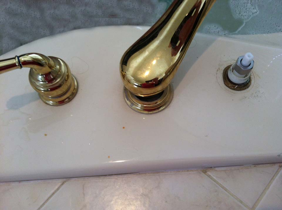 MOEN Bathtub Faucet: Stuck Open - Plumbing - DIY Home ...