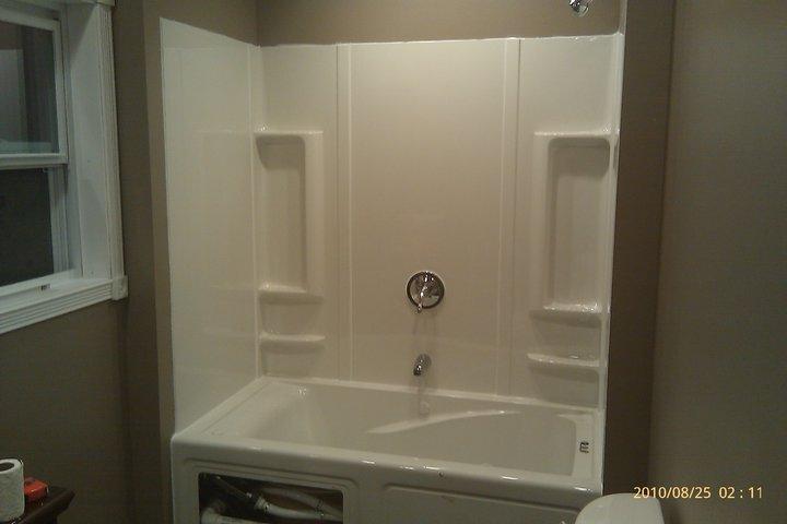 First house remodel-bathtub-surround.jpg
