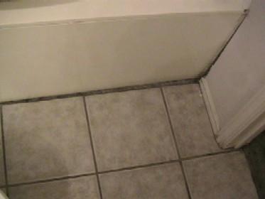 Repairing Gap Between Tub And Tile Sheetrock General Diy
