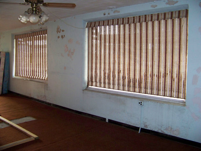 Vinyl replacement windows - RBS Performance Plus?-bay-1-c.jpg