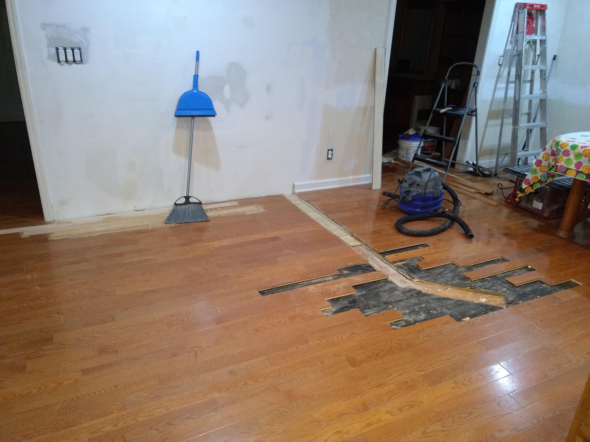 Hardwood floor repair weaving-before-pantry-weave-2017-0815-.jpg
