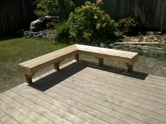 Built-in Deck Bench - Building & Construction - DIY ...