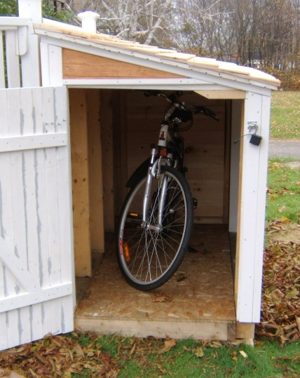 My bicycle/snowblower shed-bike-garage-end.jpg
