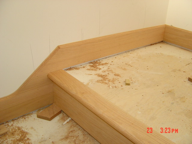 base trim around stairs/landings...?-bobby-escaleras-201.jpg