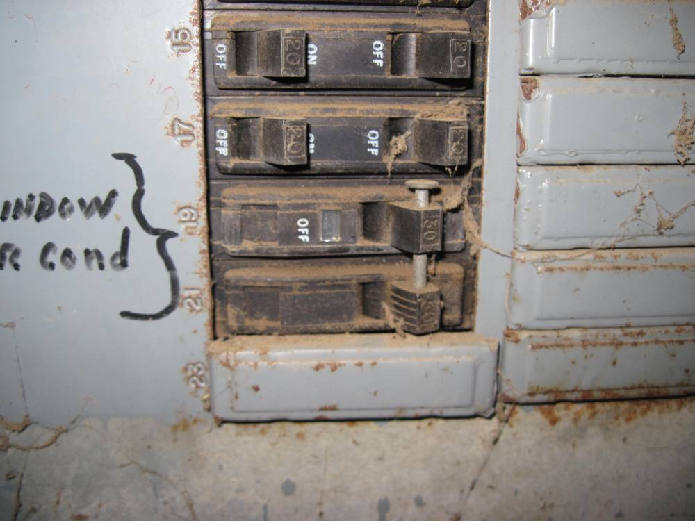 In wall AC/Heater what to buy?-breaker_.jpg
