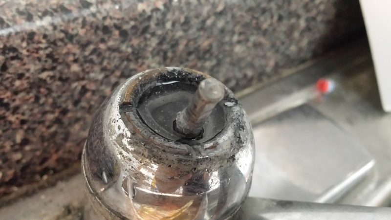 Elegant ... Broken Faucet Handle   Repair Or Replace? [with Pictures] Broken 2 ...