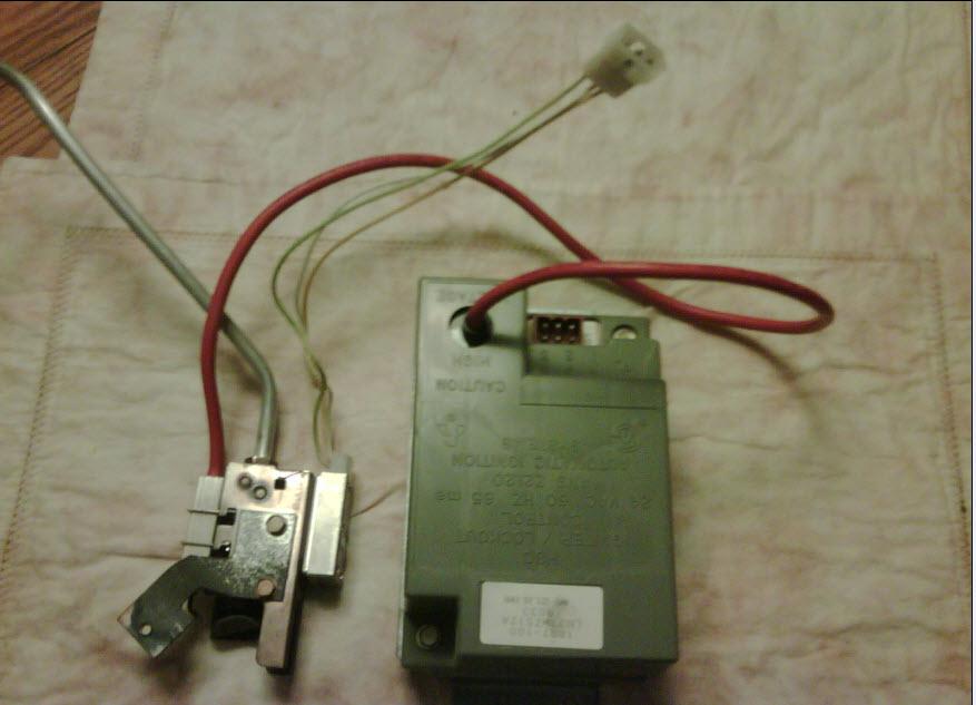 Bryant 394GAZ (Gas) Intermittant Heat-bryant_ignitor_pilot.jpg