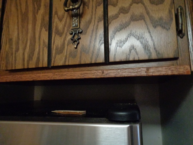 How To Trim The Bottom Of An Upper Cabinet - Carpentry - DIY ...