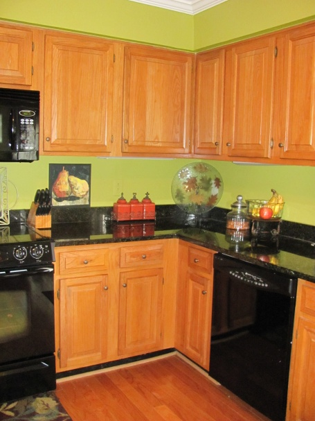 Superieur Need A Paint Color For Kitchen Cabinets Cabinets 002