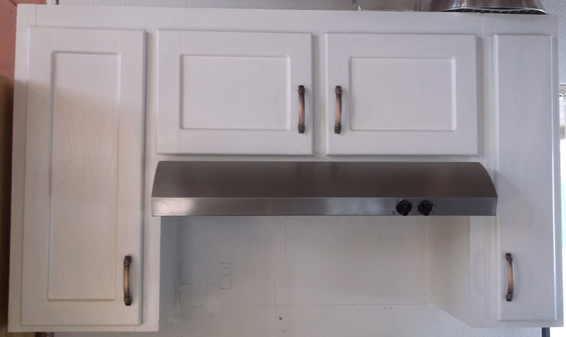 What kind of Kitchen Cabinets are these?-cabinets1.jpg