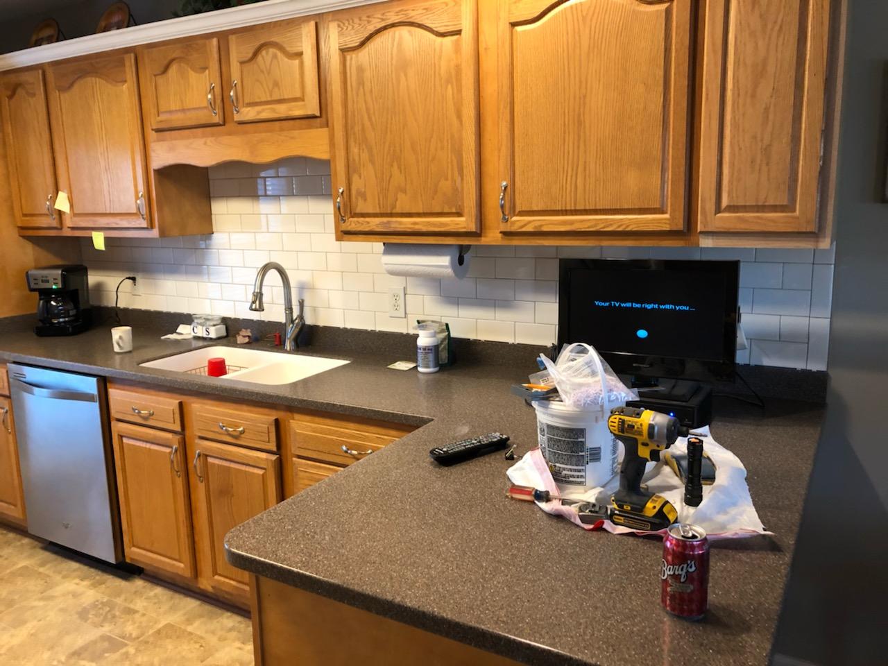 Removing and replacing kitchen backsplash-cabnet-backsplash-1.jpg