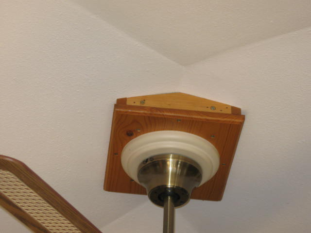 hanging a pendant light from center of