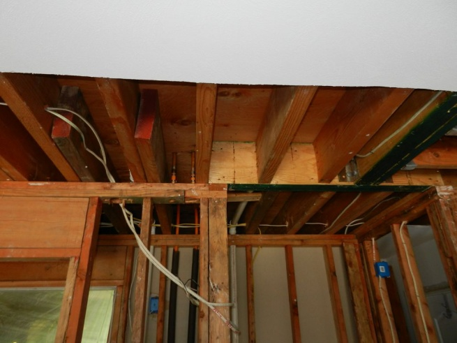 Wall removal, ceiling joist issue.-ceiling-1.jpg