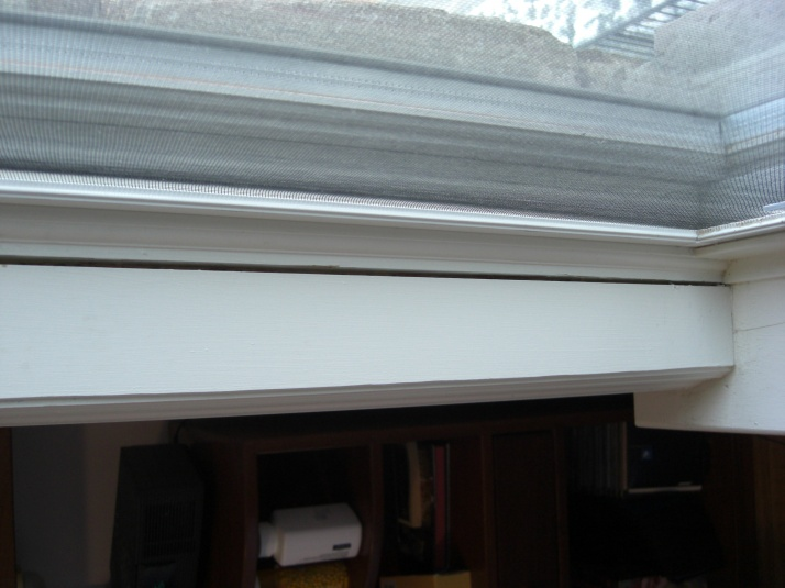 Need advice on how to prep a window frame gap for caulking-cimg3526.jpg