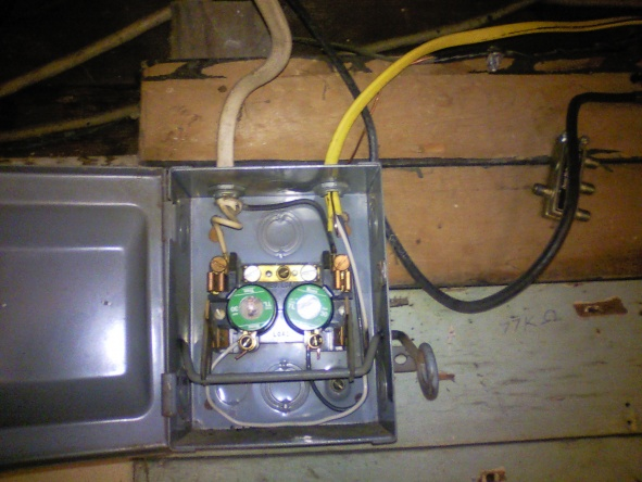 Can someone help me understand this?-circuit-breaker-breaker-shut-off.jpg