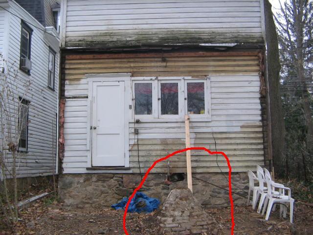 Demolition of a cistern-cistern-closeup.jpg