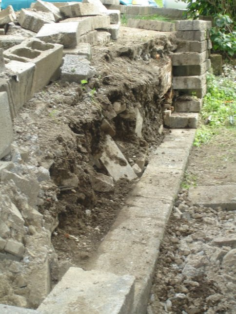 Rebuilding a Retaining Wall-closeup-wall.jpg