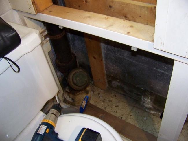 Basement Bath advice...-commode-wall-1.jpg