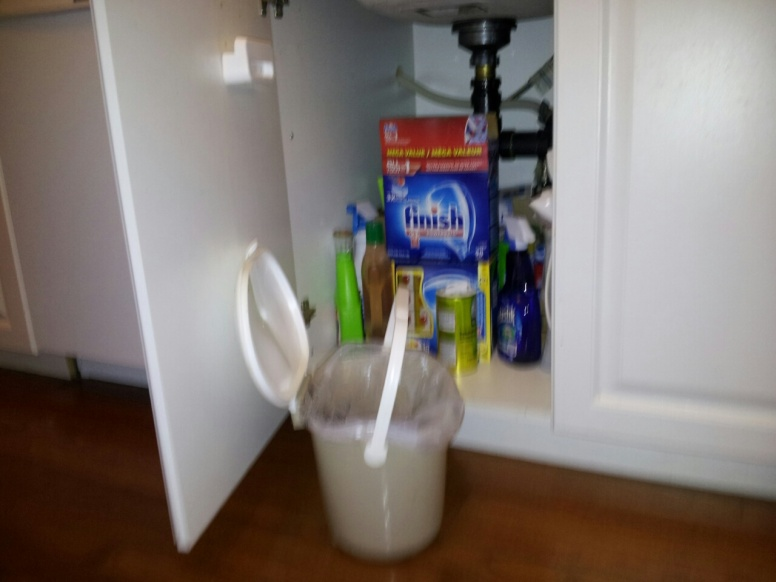 small trash can for coffee grounds, for composting?-compost2.jpg