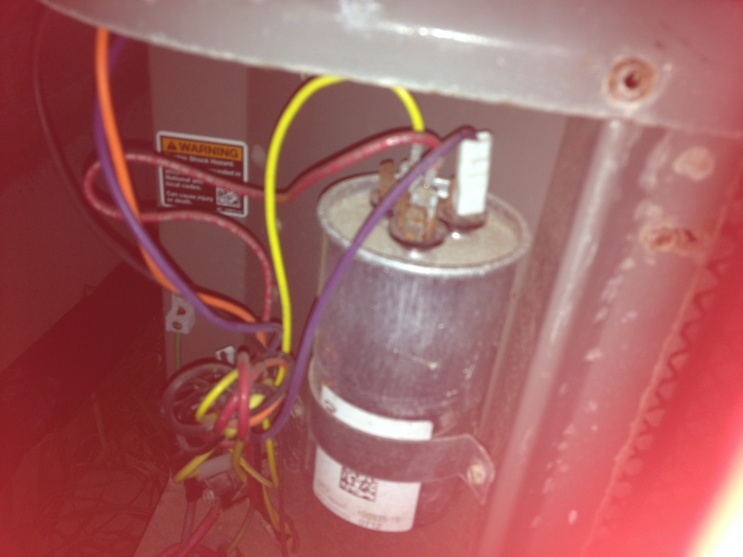 outside condesor keeps shutting off-condensor-upstairs-cap.jpg