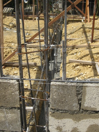 Concrete block Homes-construction-june-2010-010.jpg