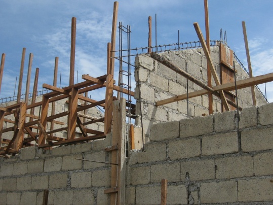 Concrete block Homes-construction-june-2010-038.jpg