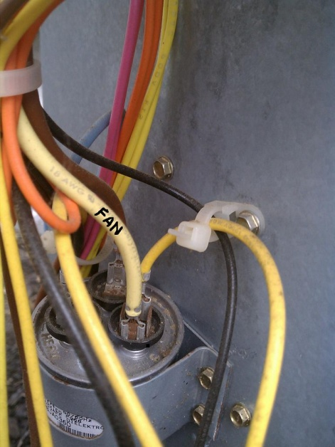 HVAC condensor fan outside intermittant-contact.jpg