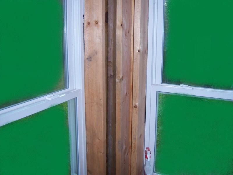 large window close to corner-corner.jpg