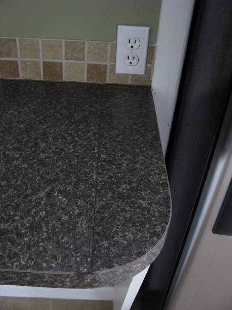 yikes do our countertops look bad!-counter-002.jpg