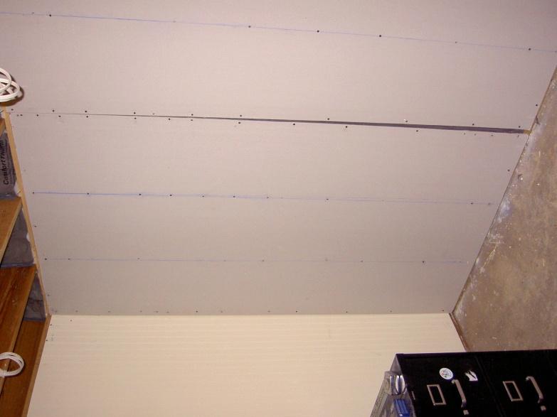 Newbie/DIY drywaller- how many sins will mud cover?-crack-non-flush.jpg