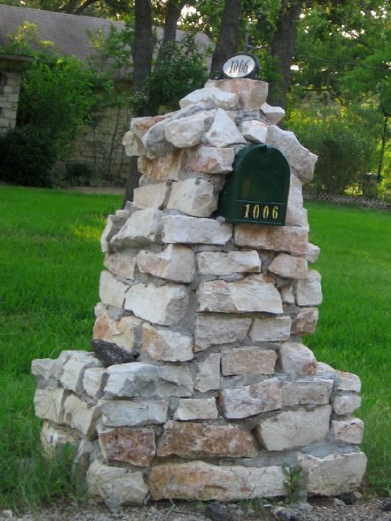 Concrete block mailbox-crapmailbox1.jpg