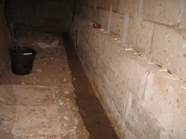 Concrete in crawlspace-crawlspace5.jpg