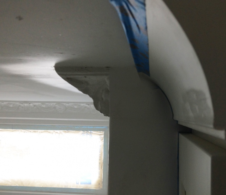 Need better way to finish crown molding.-crown4.jpg