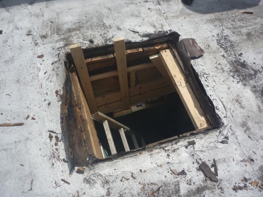 installing new skylight w/curb on top of old and bigger curb-curb_off_edge_2.jpg