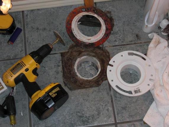 PVC toilet flange cracked-cut-pvc-flange.090.jpg