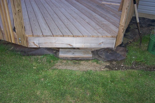 Steps for a deck that is low to the ground-dcp_0036-1-.jpg